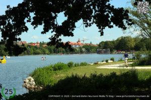Der Wöhrder See in Nürnberg ► Die Bucht und der Strand an der Wohnanlage Norikus ►