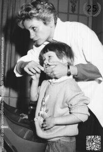 Zahnpflege ► Richtiges Zähneputzen will gelernt sein ► von Gerhard-Stefan Neumann ►